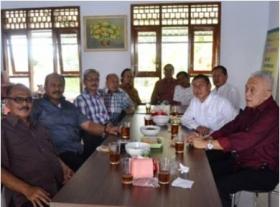 Mantan Birokrat jalin Silaturahmi di RM Da'Raraos