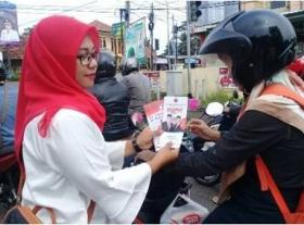 Sarinah PDIP Tebar Bunga Kartini di 5 Dapil