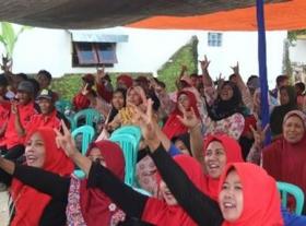 Gema Sholawat Iringi Kampanye Acep